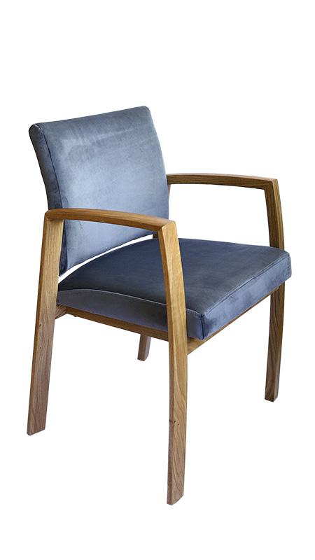 stolica pliš